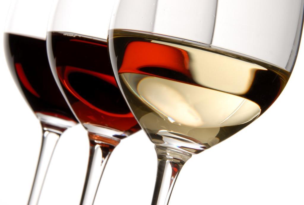 Как продать домашнее вино по сортам