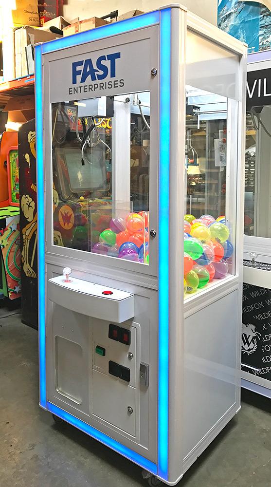 игровой автомат серый