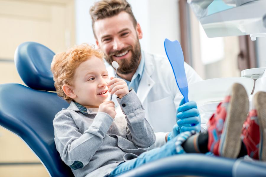 сколько получают стоматологи