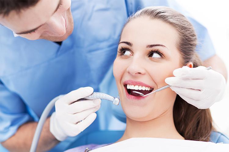 какая зарплата у стоматолога