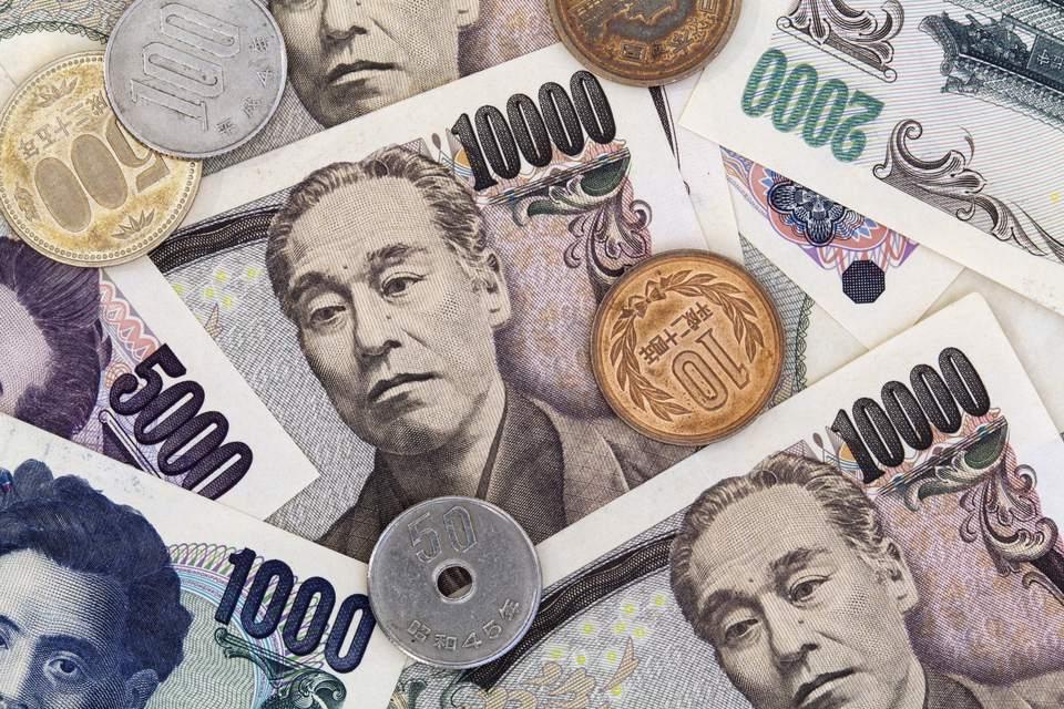 какие деньги в японии