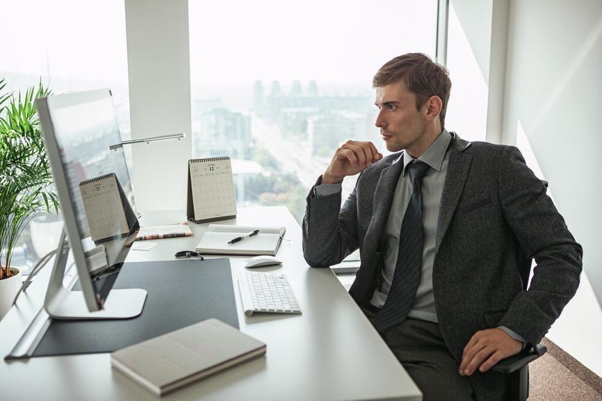 должностные обязанности коммерческого директора по продажам