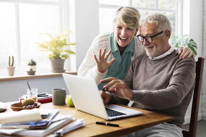 кто должен подавать заявление о назначении пенсии
