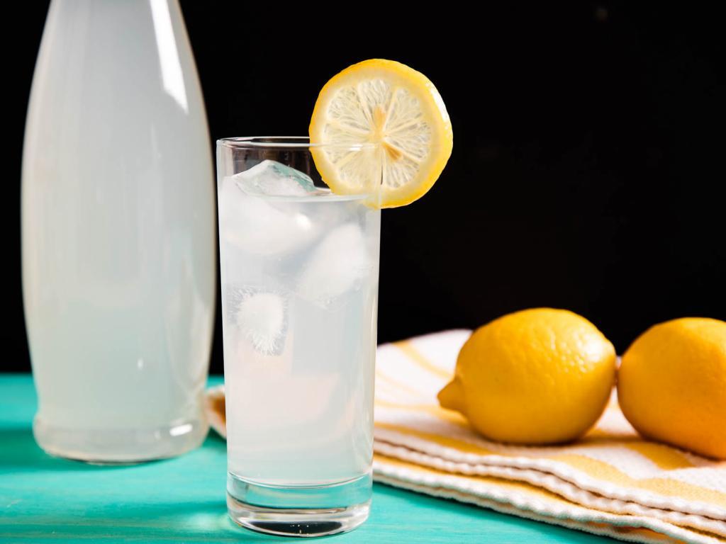 Иллюстрация лимонада